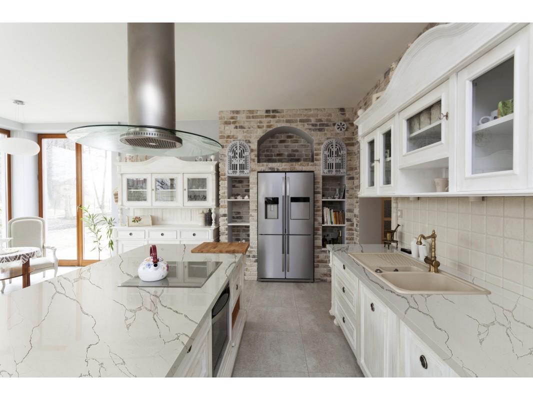 Wholesale Calacatta Ivy White Quartz Kitchen Countertops Slabs