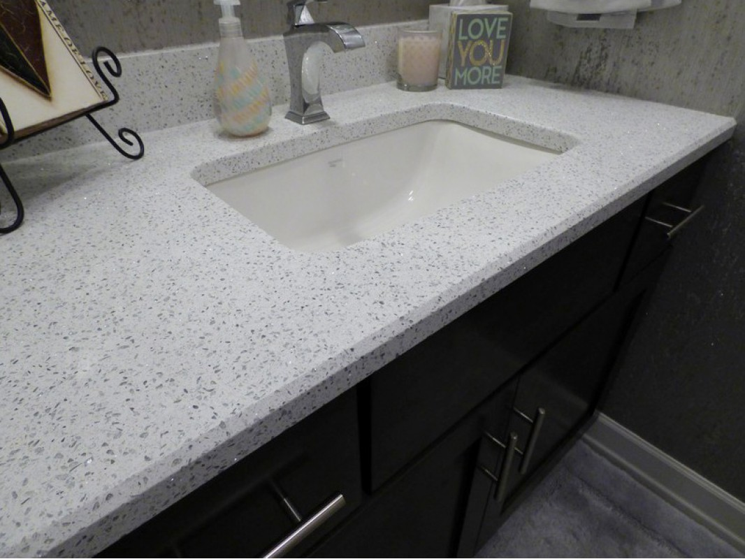 Quartz Bathroom Countertops : Diamond white quartz slab kitchen countertop manufacturers