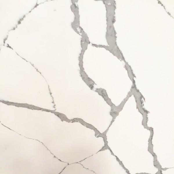 M38 Calacatta Hachure Quartz Slab